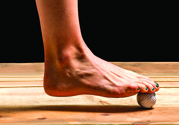 How to Loosen Your [Running] Feet With a Golf Ball